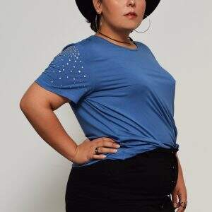 blusa-manga-strass-blossoms-plus-size
