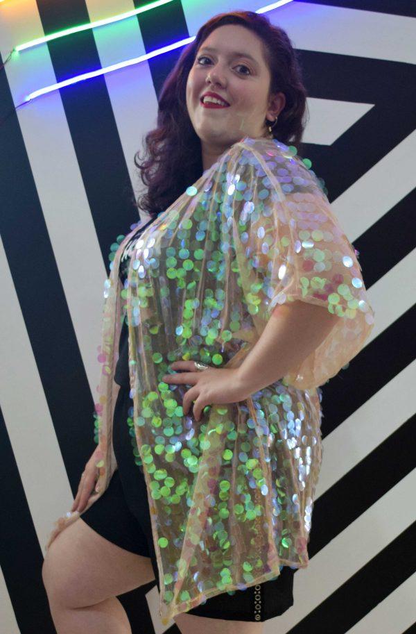 kimono-paete-holografico-blossoms-plus-size-